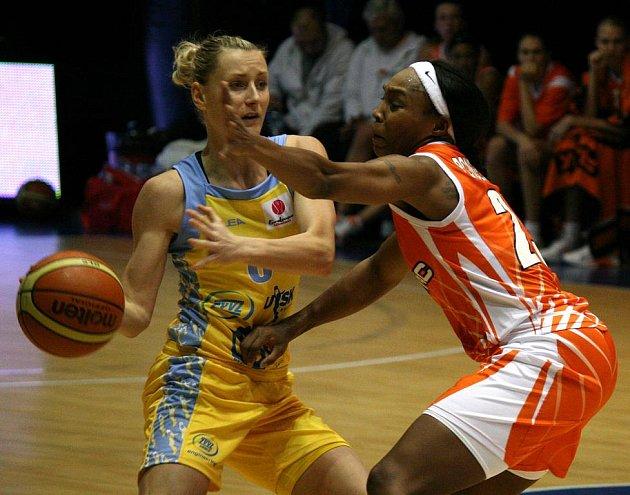 Basketbalistky USK Praha doma podlehly favorizovanému Jekatěrinburgu.