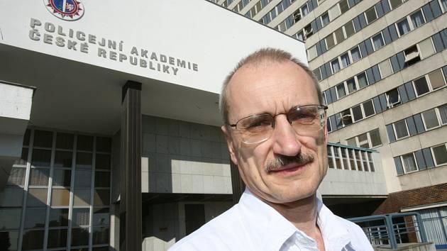 Marian Brzybohatý.