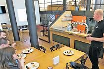Speciální kurzy pivního sommeliérství a technologie výroby a čepování piva po roce pořádání přitáhly téměř stovku návštěvníků.