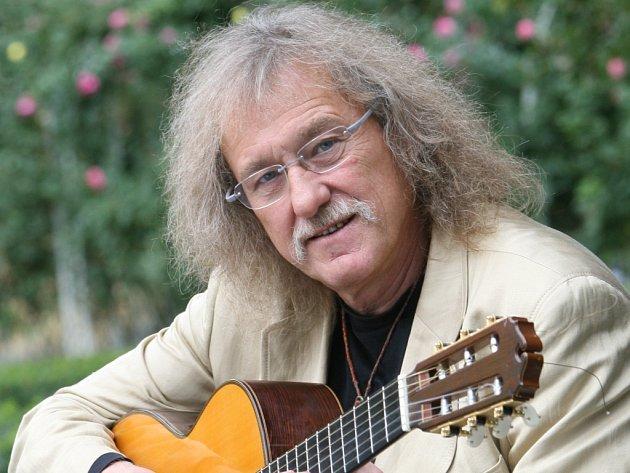 Kytarista Lubomír Brabec