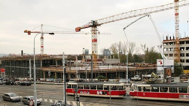 Výstavba obchodního centra Nová Palmovka v Praze 8.