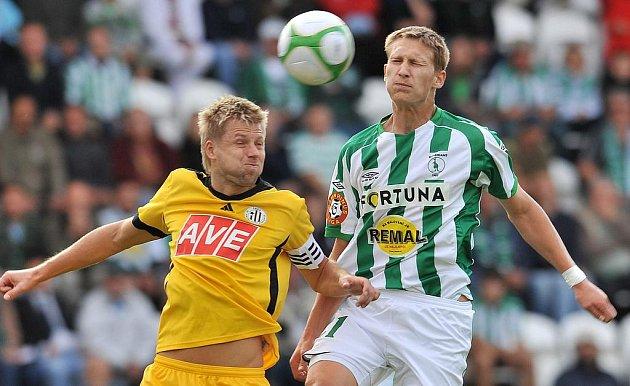 Kdo to bude? Budějovický David Hořejš (vlevo) nebo Milan Škoda?