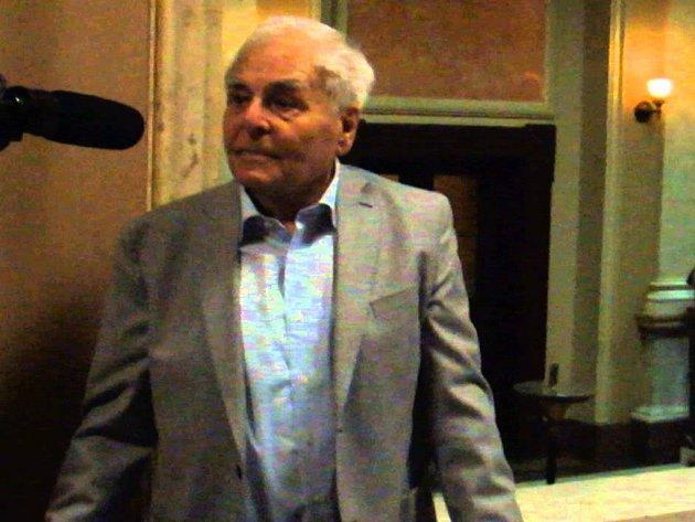 Dirigent a sbormistr Miroslav Košler.