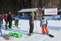 V Rejdicích se jede druhý závod seriálu Hvězdy na sněhu.