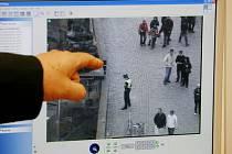Kamerový systém nepřetržitě hlídá pražské památky.