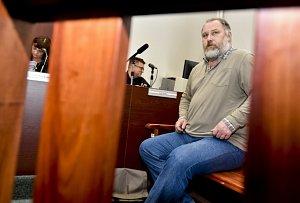 Exředitel Nemonice Na Homolce čelí obžalobě z korupce. Neuspěl ani se stížností k Ústavnímu soudu kvůli policejnímu sledování.