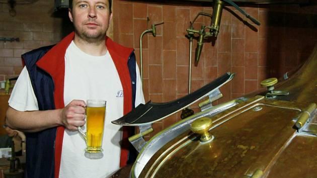 Varna piva v Novoměstském pivovaru.