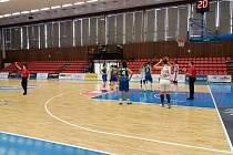 Basketbalistky USK porazily Nymburk 93:48.