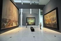 Slovanská epopej ve Veletržním paláci - Výstava Slovanská epopej Alfonse Muchy ve velké dvoraně Veletržního paláce v Praze.