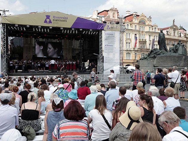 Husovské slavnosti 2015 na Staroměstském náměstí při příležitosti 600. výročí upálení mistra Jana Husa na kostnickém koncilu 6.července 1415.