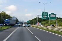 Dopravní situace na místě nehody.