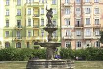 Medvědí fontána na Smíchově.