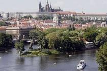 Pohled na Střelecký ostrov v Praze ze dne 12. kvěna 2008.