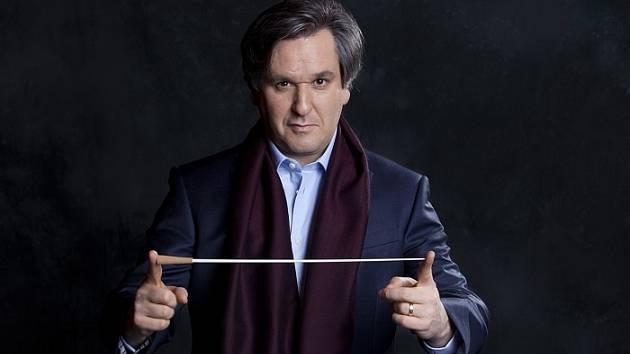 Antonio Pappano, šéfdirigent Orchestru Národní akademie Svaté Cecílie.