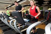 Nejlepší je, když se člověk rozhodne pro změnu a podpoří ho v tom jeho partner nebo kamarádka. Cvičení pak jde lépe a můžou spolu zajít i do wellness.