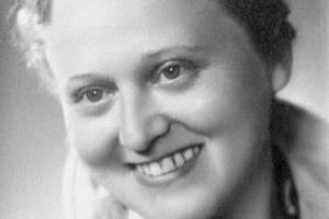 Zdena Mašínová starší (na archivním snímku z roku 1945).