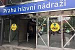 Na hlavním nádraží v Praze se očkuje bez rezervace.