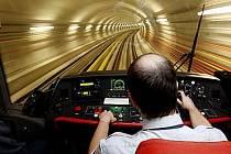 Na prodloužení trasy metra A poputuje jedna miliarda, pro trasu D je vyčleněno 60 milionů.