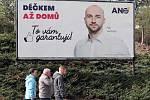 Předvolební kampaň, politické reklamy a billboardy v ulicích Prahy v roce 2018.