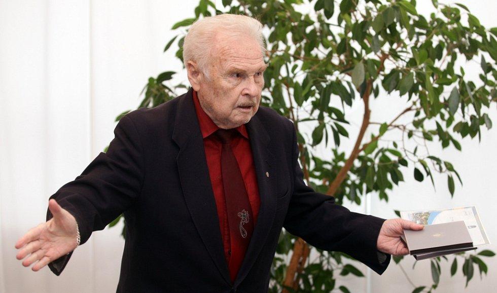 Herec Luděk Munzar se v úterý 11. listopadu 2014 stal čestným občanem Prahy 12.