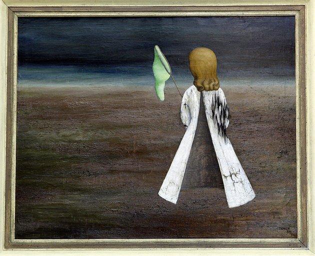 Výtvarná konzultantka galerie Pictura Štěpánka Nikodymová v pozadí se slavným obrazem.
