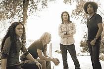 VYSLANCI GRUNGE. Z kapel jako Alice In Chains se ne vždy odchází po svých a ve zdraví.