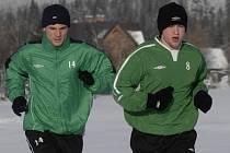 Jeden z bratrů Hašků Ivan (vpravo) na zimním soustředění.