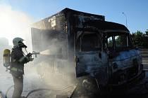 Požár kabiny nákladního vozu.