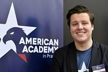 Ondřej Kania na tiskové konferenci ke dni otevřených dveří otevřených dveří American Academy.