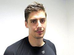 Hokejový útočník pražské Slavie Tomáš Jiránek.