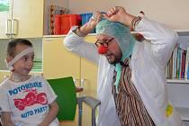 Zdravotní klaun pro děti ve fakultní nemocnici Motole