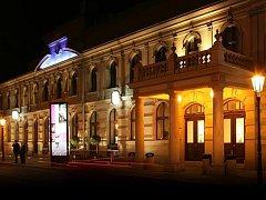 Hudební divadlo v Karlíně.
