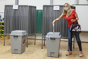 Volby do Poslanecké sněmovny Parlamentu České republiky v Základní škole Karla Čapka v Praze.