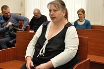 Tříletou podmínku s pětiletou zkušební dobou vyměřil ve středu Městský soud v Praze 45leté Janě H., který se loni po čtvrté ranní pokusila zavraždit spícího syna