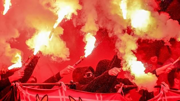 Fanoušci na derby pražských S