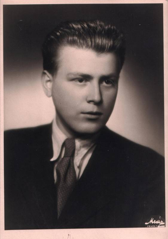 Pavel Oliva v roce 1946.