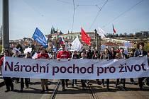 Národní pochod pro život, který pořádá Hnutí pro život, prošel 2. dubna Prahou.