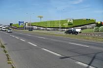 Na Černém Mostě vznikne nový P+R parkovací dům. Vizualizace.
