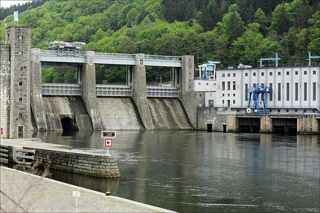 Vodní nádrž Štěchovice.