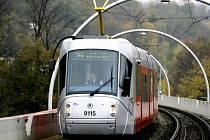 Nízkopodlažní tramvaj 14T s designem Porsche.