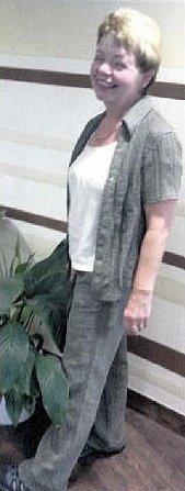 RADOST. Při kontrole uMUDr. Středy 13.8.2013 se radostně smála: 9,5kg tuku je pryč.