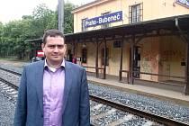 Prázdné vlakové nádraží v Bubenči navštívil náměstek primátorky Petr Dolínek společně se zástupci Prahy 6 i Českých drah.