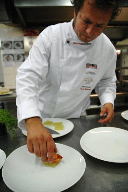 René Vokurka, zkušený šéfkuchař sítě restaurací Coloseum Restaurants.