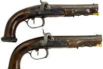 uloupené zbraně.