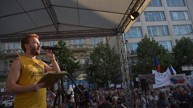 Předseda spolku Milion chvilek pro demokracii Mikuláš Minář.