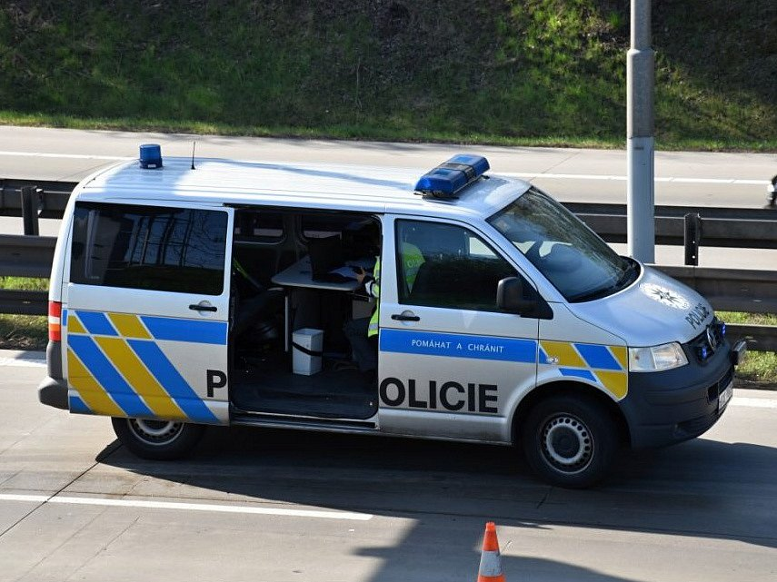 Dopravu na Pražském okruhu komplikovaly nehody.