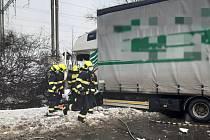 Na Jižní spojce došlo 16. 2. 2021 k hromadné nehodě.