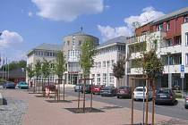 Nové náměstí - Uhříněves.