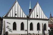 """Vizualizace: umístění umělecké instalace s názvem """"Za pravdu"""" na průčelí Betlémské kaple v Praze k 600. výročí upálení Mistra Jana Husa."""