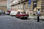 Vraky aut v Praze.
